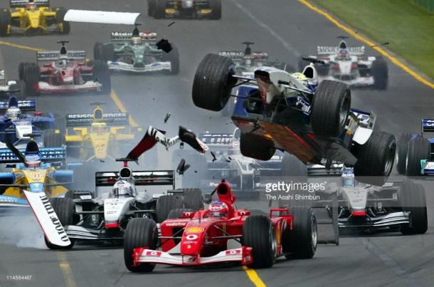 Turn 1 has seen carnage plenty of times. | Photo: Getty Images/The Asahi Shimbun