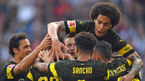 (Stuttgart 0-4 B. Dortmund | Foto: Bundesliga)
