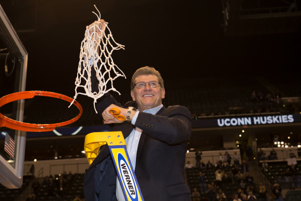 Geno Auriemma UConn - Syracuse National Championship (photo by Stephen Slade)