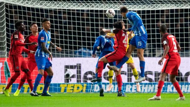 (H. Berlin 1-0 E. Frankfurt   Foto: Assets/Bundesliga)