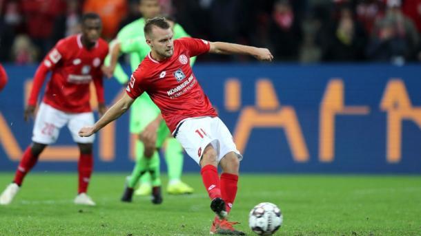(Mainz 1-1 Hannover   Foto: Assets/Bundesliga)