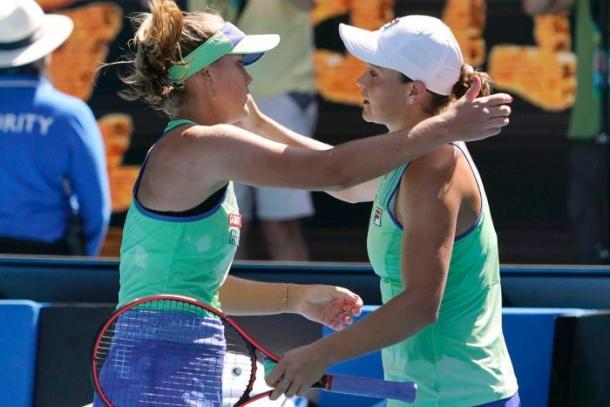 Kenin (l.) defeated Barty (r.) in the Australian Open semifinals en route to the title/Photo: Lee Jin-man/Associated Press