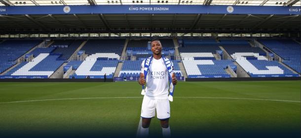 Iheanacho en su presentación como jugador del LCFC. Fuente: Leicester