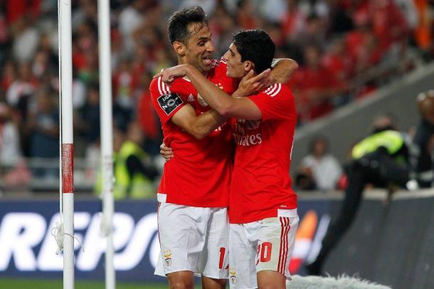 Jonas e Gonçalo Guedes marcaram os golos // Foto: Facebook do SL Benfica