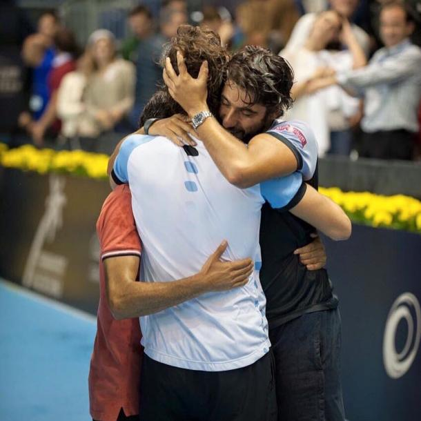 Frederico Marques, Carlos Costa and João Sousa hugging each other after João's win over Roberto Bautista Agut to capture the title at the Valencia Open 2015. (Foto from Frederico's facebook page)