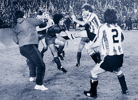 En la pelea (foto:rasdehierba)