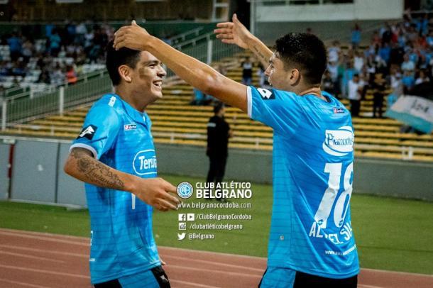 Abrazo de primos | FOTO: Belgrano Oficial