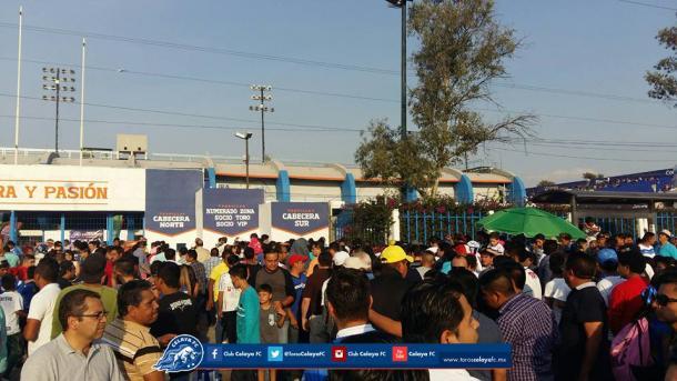 Afición llegando al estadio MAV / Foto: Club Celaya FC