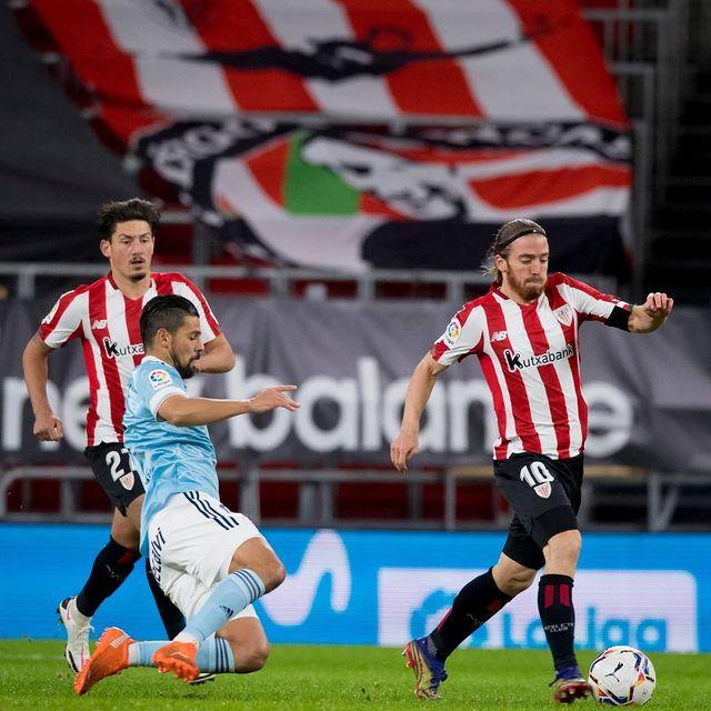 Muniain regatea a un contrario frente al Celta de Vigo. |Foto: Instagram @athleticclub