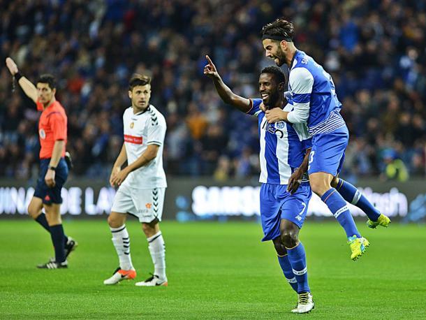 Varela celebrou um golo precoce na vitória frente ao Nacional // Foto: Facebook do FC Porto