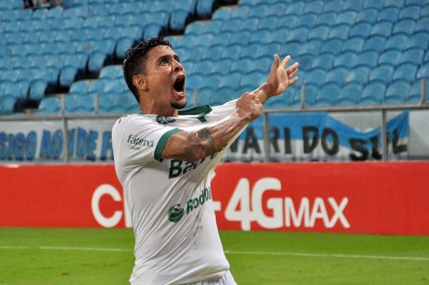 Com gol de Roberson, o Juve se classificou à final do Gauchão 2016, dentro da Arena gremista (Foto: Divulgação/Juventude)