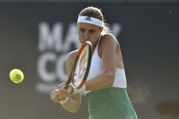 Mladenovic grabbed a tight first set | Photo: Ricoh Open