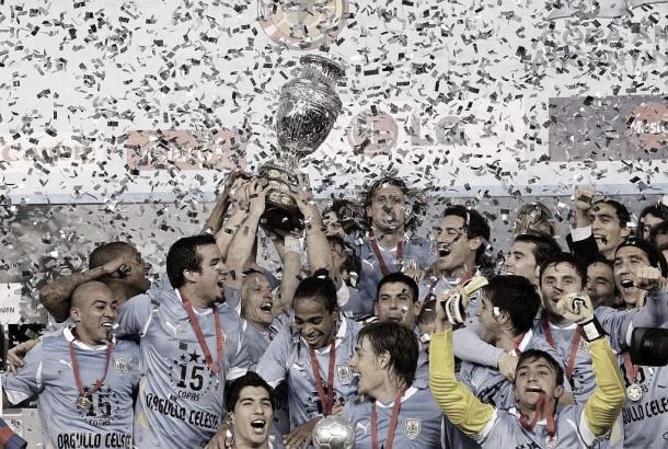 Ecuador y Uruguay inauguran el grupo de Chile en la Copa América