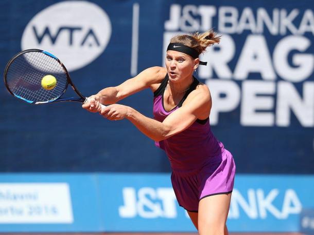 Safarova with the early break | Photo: Pavel Lebeda