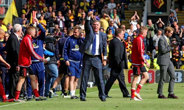 Big Sam thanking the traveling supporters at Watford. | Photo: Sunderland AFC