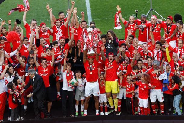 O Benfica sagrou-se tricampeão na época passada // Foto: Facebook do SL Benfica