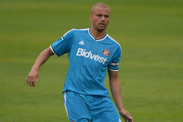 Will Wes Brown's experience be enough to keep him on Wearside? (Photo: Daily Star)