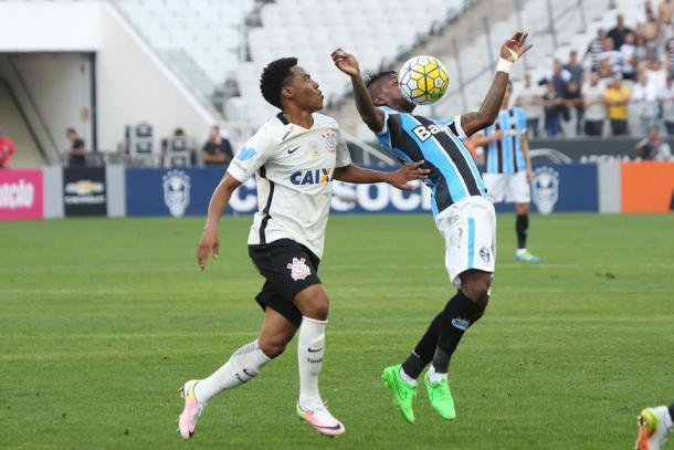Grêmio e Corinthians ficaram no empate na Arena (Foto: Lucas Uebel/ Grêmio)