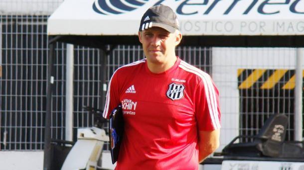 Eduardo Baptista abafa críticas, mas pede equilíbrio do time (Foto: Divulgação/Ponte Preta)