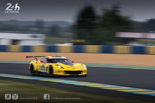 Corvette lidera na classe GTE-PRO.