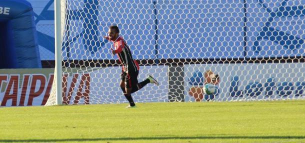 Carlos Alberto marcou o gol da vitória do JEC (Foto: Divulgação/JEC)
