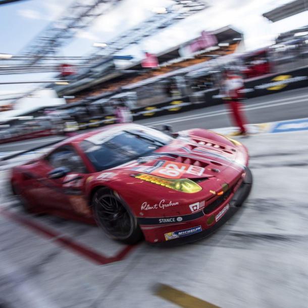 Scuderia Corsa vence na GTE-AM e conquista tríplice coroa, já que venceu Daytona e Sebrig. (Foto: Scuderia Corsa)