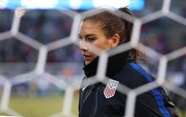 Solo in her USWNT warmups (Photo: Brian Blanco/ Getty Images)