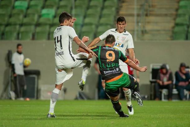 Vitor Rangel tem cinco gols com a camisa do América (Foto: Divulgação/América MG)