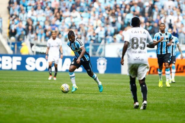 Grêmio bateu o Figueirense por 2 a 1, na Arena (Foto: Divulgação/Grêmio)