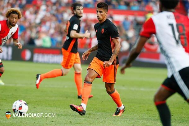 O Valencian não foi páreo para o Feyenoord e encerrou seu tour pela Holanda (Foto: Divulgação/Valencia)