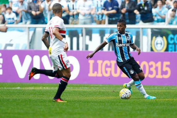Grêmio teve dez finalizações na primeira etapa, nenhum gol (Foto: Divulgação/Grêmio)