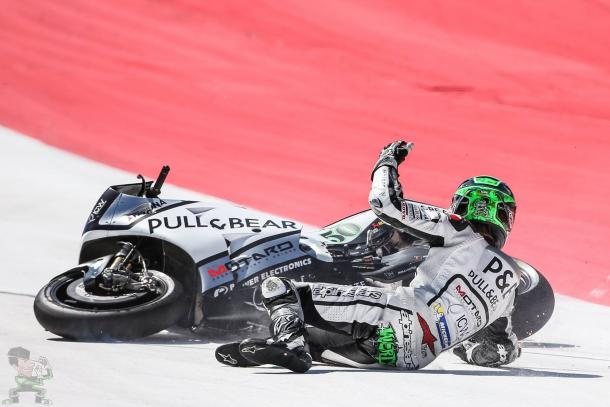 Laverty waves his hand in anger - www.facebook.com (Eugene Laverty)