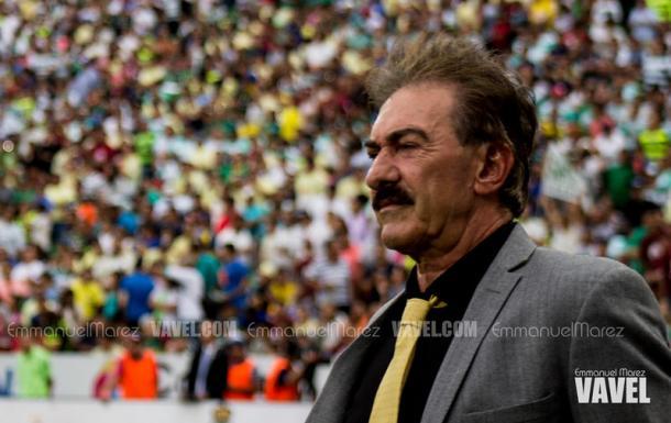 Ricardo Antonio La Volpe, director técnico del Atlas en su primera Copa Libertadores / Fuente: Emmanuel Marez | VAVEL