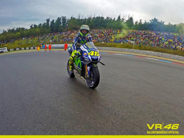Retunring to the pits after the race - www.facebook.com (Valentino Rossi)