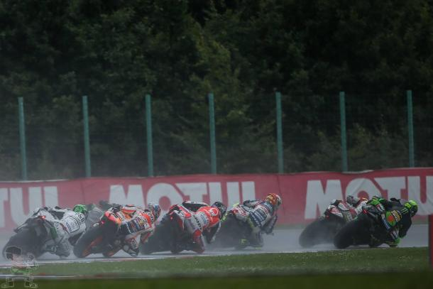 Laverty had a lot of work to do at the start of the race - www.facebook.com (Eugene Laverty)