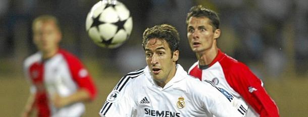 Raúl en la Supercopa de Europa del 2002 | Foto: MARCA