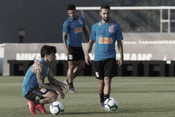 Destaque na vitória contra o Santos, o atacante Clayson segue entre os titulares do Timão. (Foto: Daniel Augusto Jr. / Agência Corinthians)