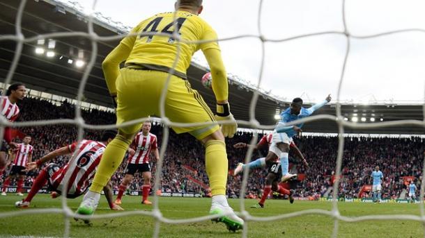Iheanacho accorcia con un preciso colpo di testa   Foto: premierleague.com