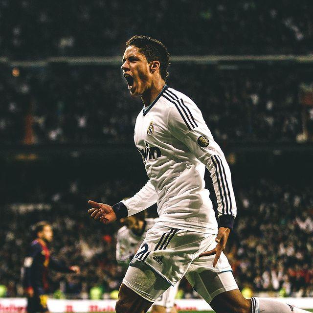 Varane celebra un gol marcado al Barcelona. |Foto