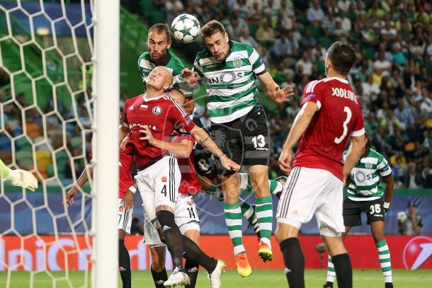 O Sporting dominou a 1ª parte com muitas oportunidades // Foto: Facebook do Sporting CP