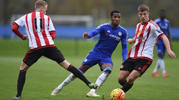 Nelson along side his teammate Rees Greenwood in last season's Under 21 campaign. (Image source: ChelseaFC.com)