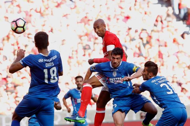 O Feirense não facilitou a tarefa às águias // Foto: Facebook do SL Benfica