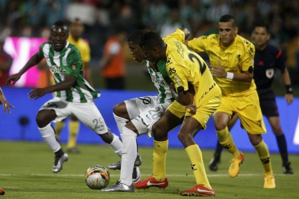 Alianza Petrolera cayó 3-1 en su último encuentro ante Nacional. | Foto: AS Colombia
