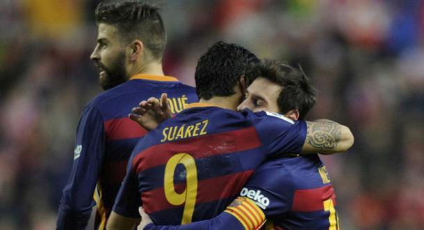 Messi celebrating with Suarez. Photo: MARCA