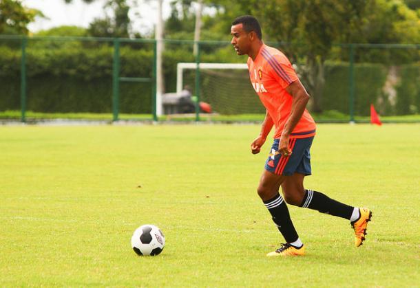 Serginho foi um dos mais contestados pela torcida rubro-negra. (Foto: Williams Aguiar/Sport Club do Recife)