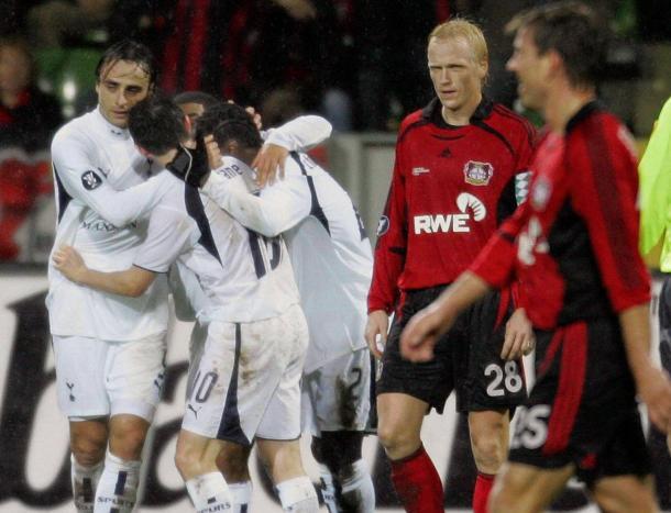 Il gol di Berbatov in Tottenham - Leverkusen, Europa League 2006