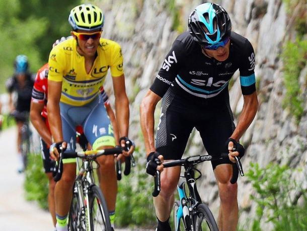 Chris Froome probando a Alberto Contador y Richie Porte | Foto: Critérium du Dauphiné