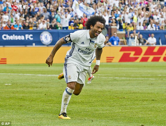 Above: Marcelo celebrating his goal in Real Madrid's 3-2 win over Chelsea | Photo: AP