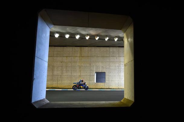 Tito Rabat in the tunnel - www.facebook.com (Team Estrella Galicia 0,0 Marc VDS)