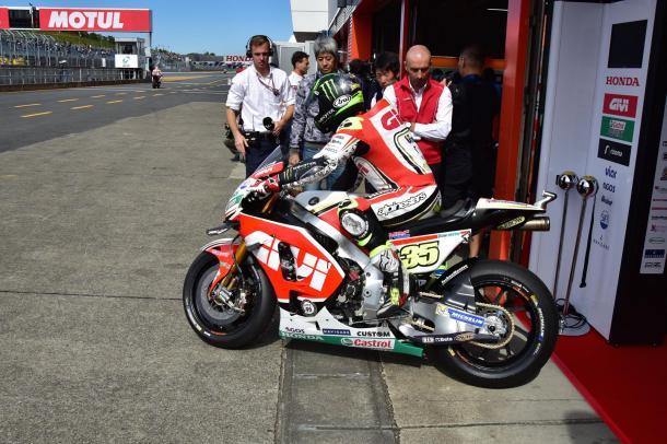 www.facebook.com (LCR Honda)
